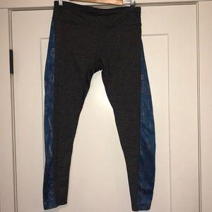 Lu La Roe capris leggings size large